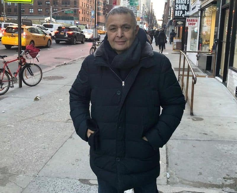 actor rishi kapoor seeks indian consulate help to vote from new york