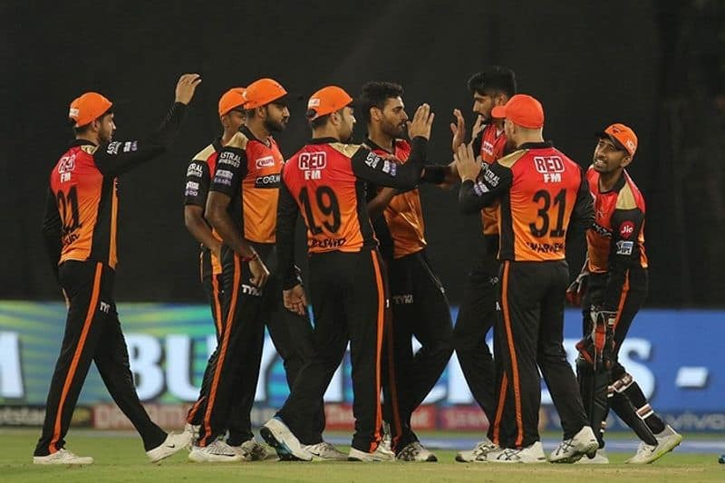 sunrisers released some big players like guptill and yusuf pathan