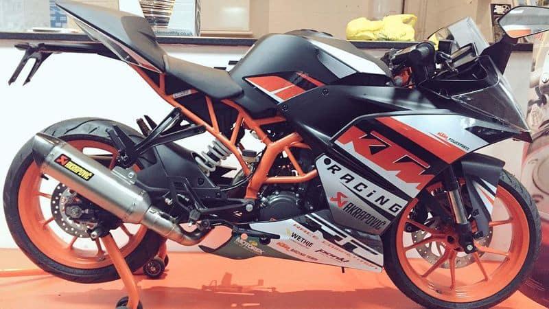 After huge success KTM duke will launch RC 125 bike
