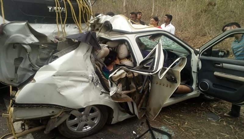 5 member from one family died in road accident near ayanur