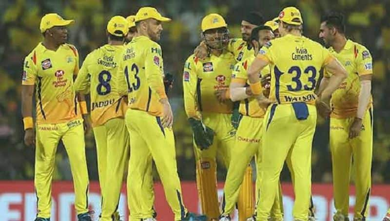 dhoni equals rohit sharmas record of most man of the match in ipl history