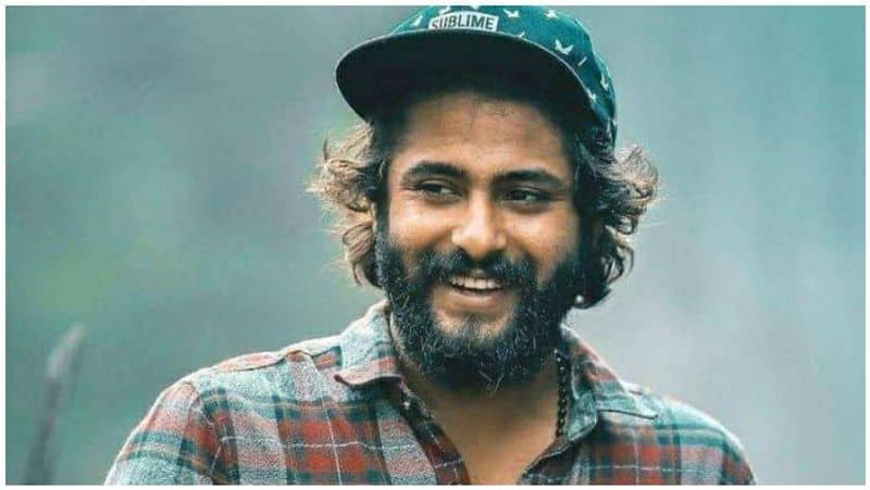 alayalam actor Antony Varghese  took to Facebook to honour his auto driver father