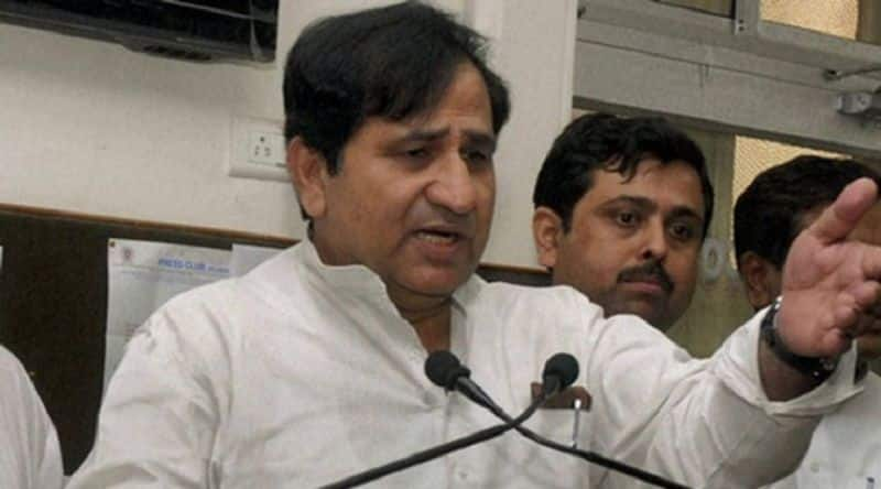 Congress suspended rebel shakeel ahamad for six years