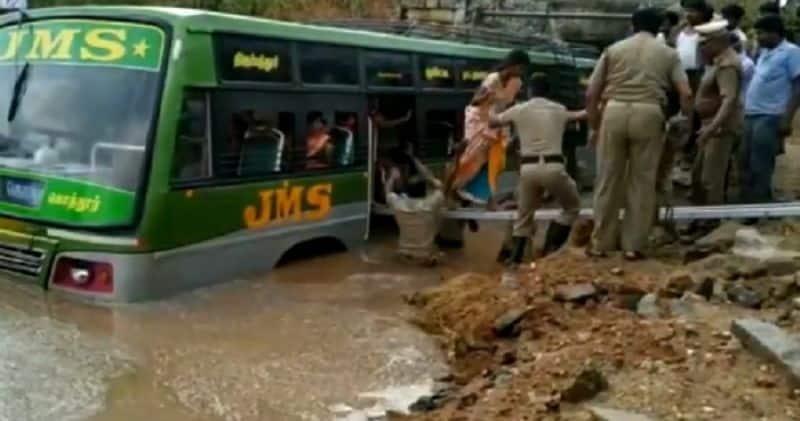 railway bridge flood  bus