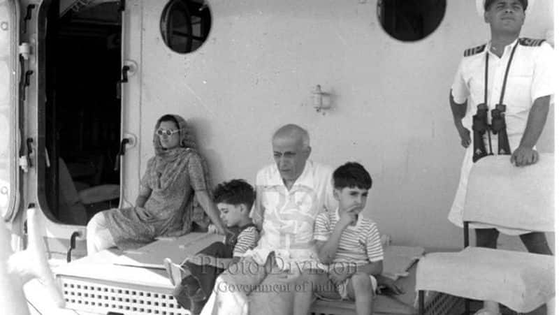 Not only Rajiv but Nehru started tradition of using Navy warships for vacationing in 1950