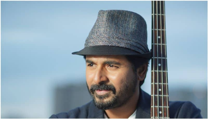 bollywood actor committed sivakarthikeyan movie