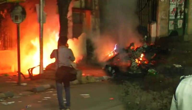 TMC and BJP Youth Wing Workers Clash after Amit Shah Kolkata Roadshow