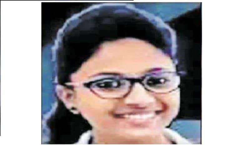 carrom player janavi morey died in the accident