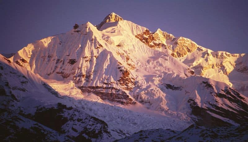 2 Indian mountaineers die while climbing Mt Kanchenjunga in Nepal