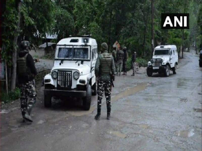 Encounter going on in pulwama and awantipura district in jammu Kashmir, two terrorist shoot down
