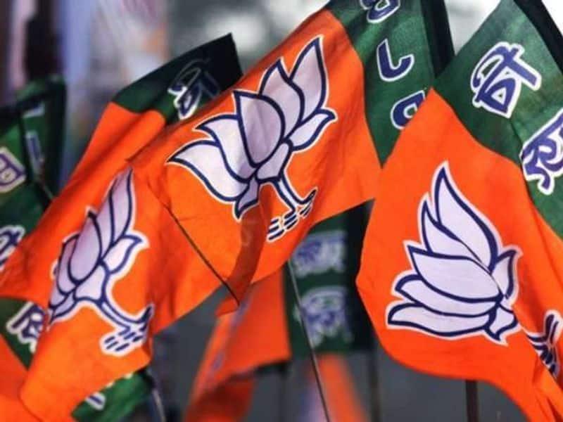 Kamal Nath govt to prove majority