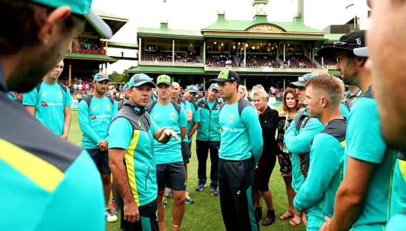 Australian players are like eight-year-olds girls says Aaron Finch
