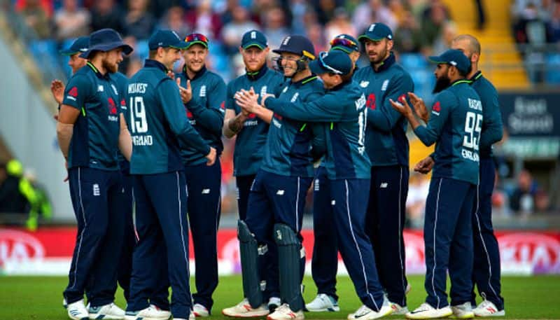 ponting feels jos buttler will be the dangerous player for england in world cup 2019