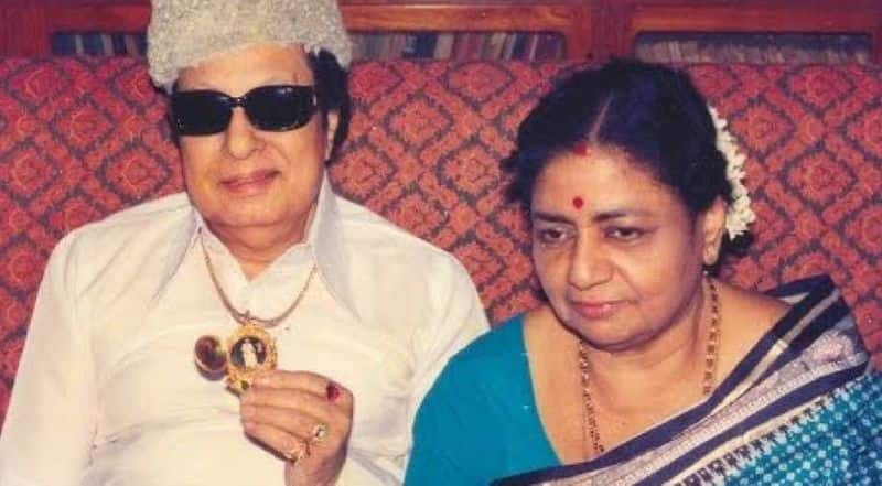 DMK loses influence over women due to obscene talk ... MGR General civilization shown ADMK With Tamizhagam
