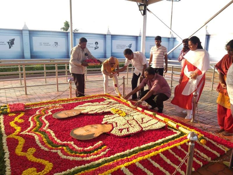 thamizharasu and selvi praise the karunanidhi tomb