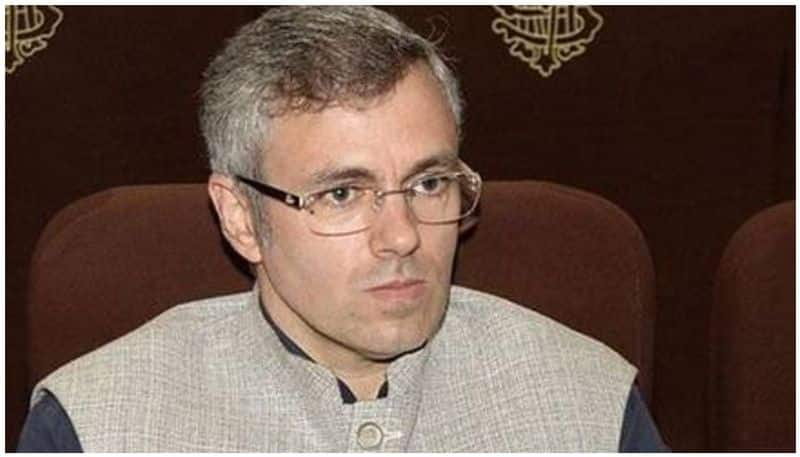 Omar Abdullah claims he, his family put under house arrest lns