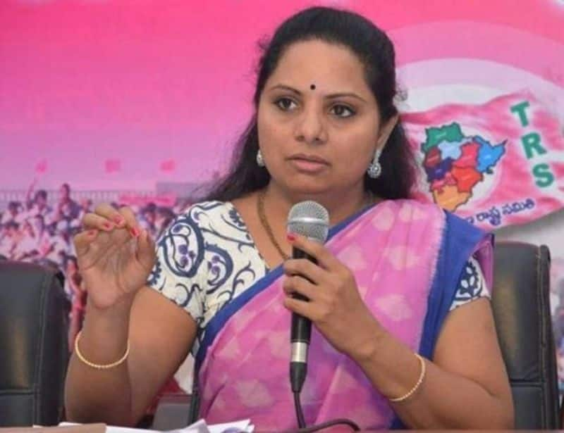 kcr plans to appoint kavitha as trs working president