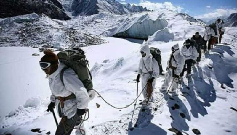 4 Soldiers died After Avalanche Hits  in Siachen