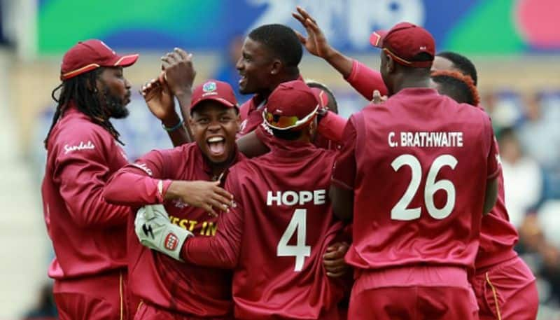 west indies won toss and opt to bowl against australia