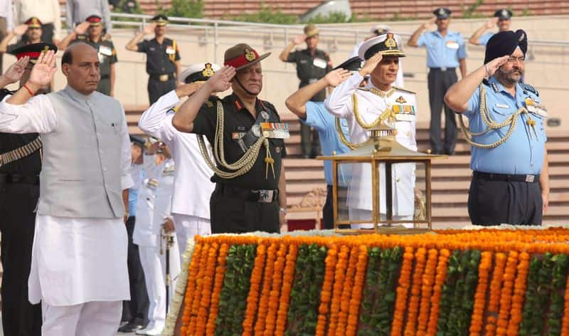 Defence Minister Rajnath Singh visit world highest battlefield Siachen glacier to review security