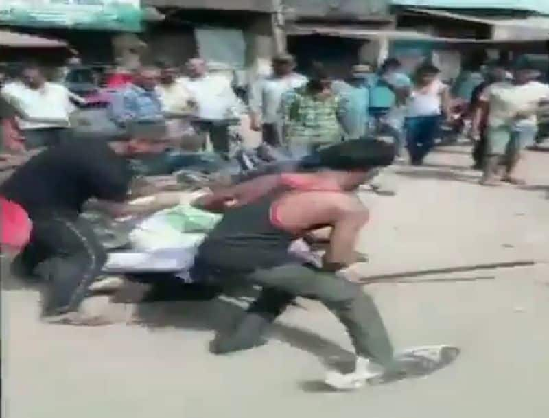 two Army jawans thrashed by restaurant employees after argument in Uttar Pradesh Baghpat