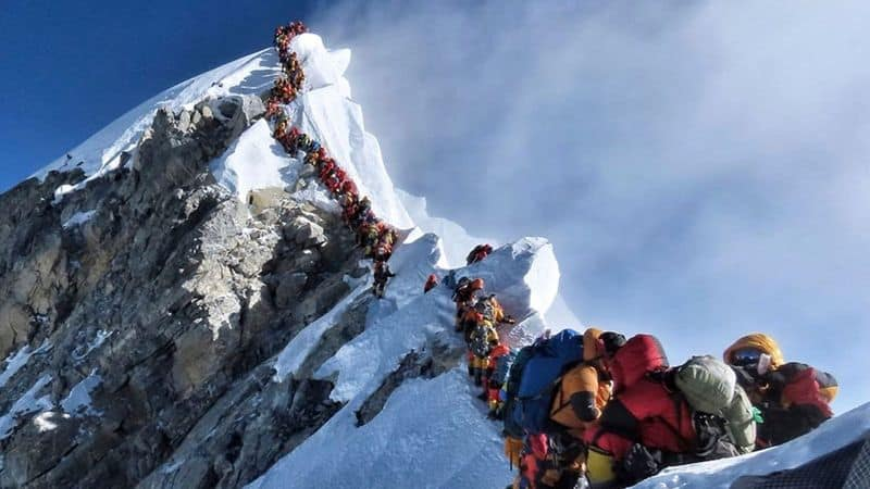 Nepal Government to Limit Mount Everest Access After Deaths of Climbers