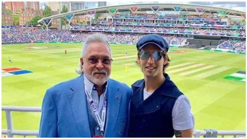 vijay sent out of cricket stadium by public