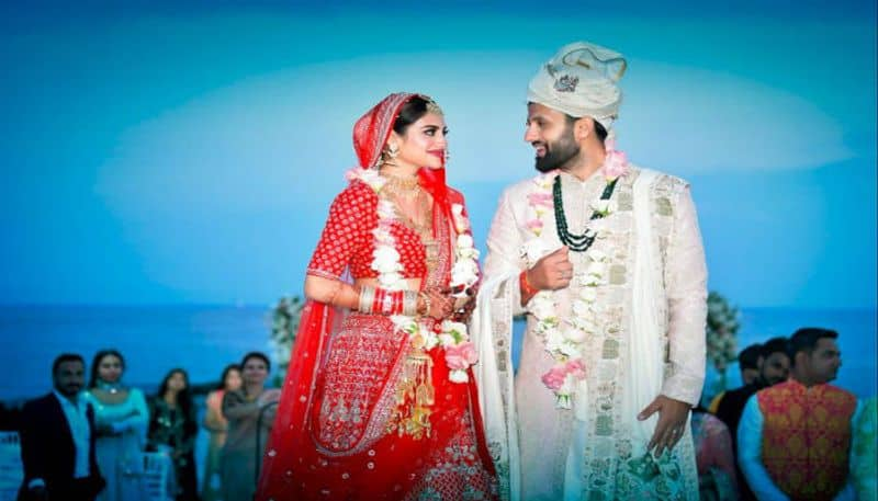 Now Nusrat Jahan and Nikhil Jain are officilaly married couple