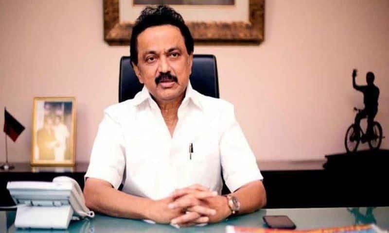 Thangamu Tamilselvan joins DMK