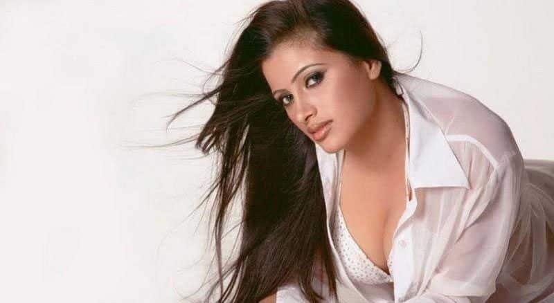actress Navneeth kaur will join BJP