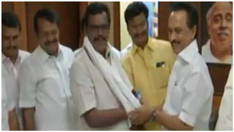 thangathamil selvan joined in dmk and speaks greet about stalin