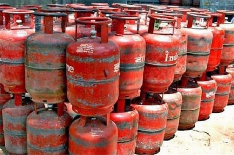 Modi government reduced domestic gas cylinder, prices applicable from 1st july