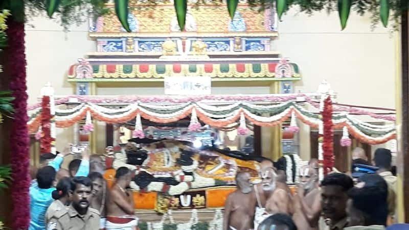 Tamil Nadu 4 die Athi Varadar temple Kancheepuram