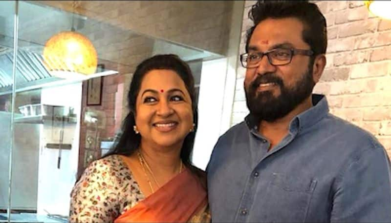 Tamil actor Sarath Kumar, wife Radhika face arrest in cheque bounce case