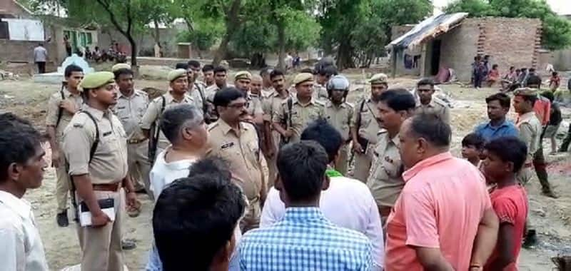 Attack on elderly couple in UP Kaushambi, wife died