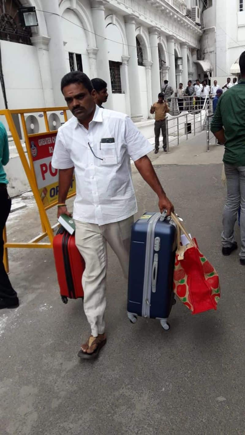 Minister gives suitcase and special gift  to all