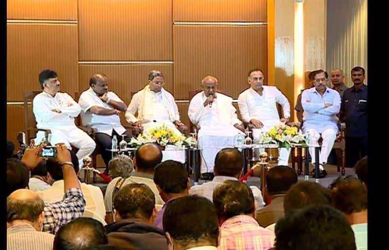 Kumarasamy plan to expand his ministry to avoid falling government