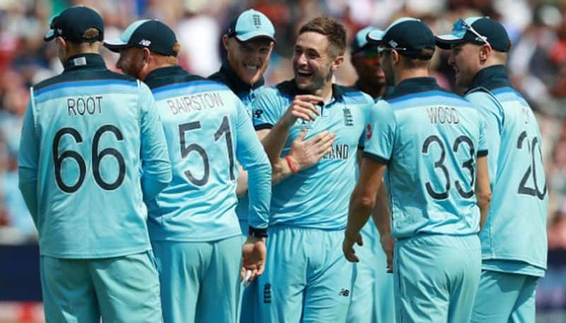 England demolish Australia to reach World Cup final for first time since 1992