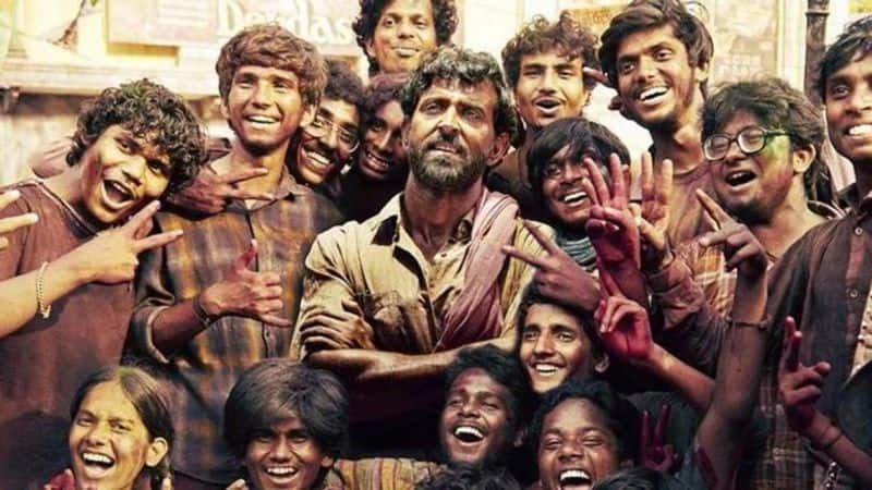 Super 30 movie review: Hrithik Roshan shines in Vikas Bahl's masterpiece, say audiences