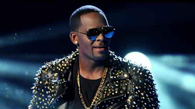 Pop star R. Kelly arrested again in Chicago on federal sex charges