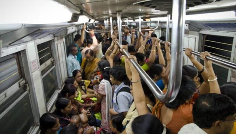 Metro service disrupted between Dumdum to kavi subhas