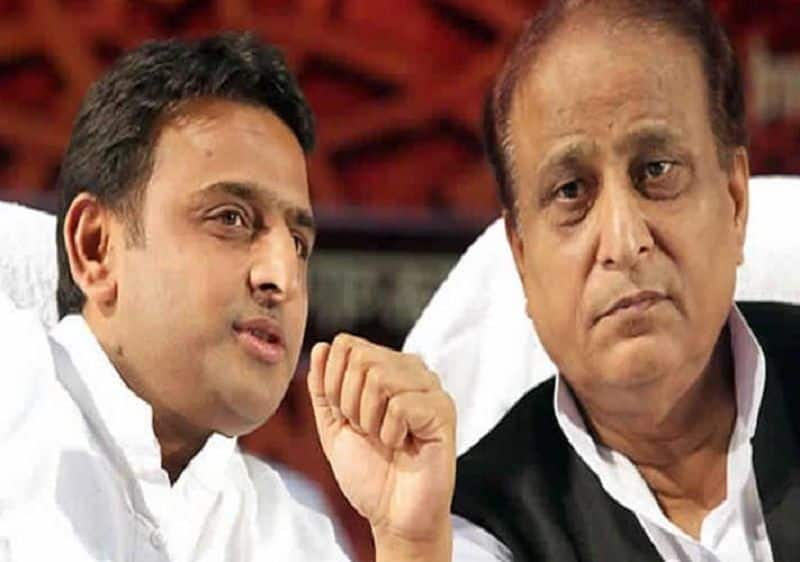 Akhilesh caught in the compulsion of elections and Azam Khan