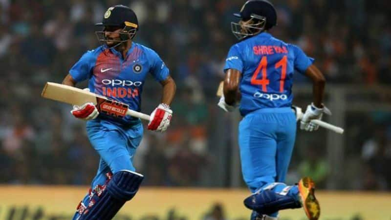 ganguly discontent for dropped rahane and gill from odi squad