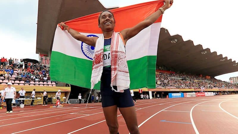 new flying girl Hima Das of getting praise, President to Amitabh, congratulated the congratulations