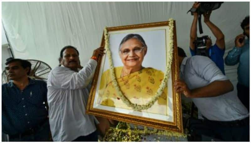Delhi bids adieu to Sheila Dikshit with state honours; Congress leaders, Amit Shah attend last rites