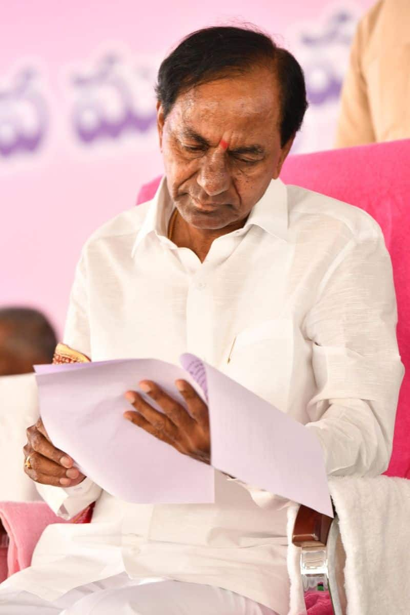 KCR plans to evacuate New MLA quarters for consitutional club