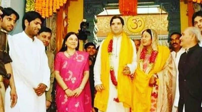 Maneka Gandhi tweets picture of her in saree woven by Nehru, deletes it