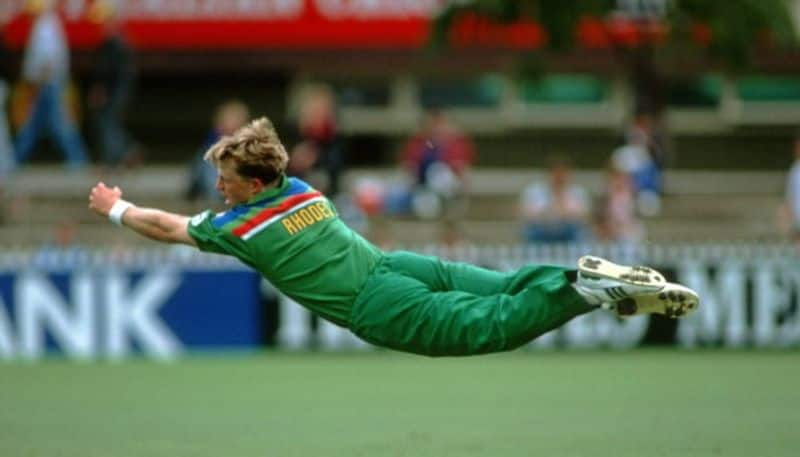 ricky ponting picks all time best 3 fielders in cricket