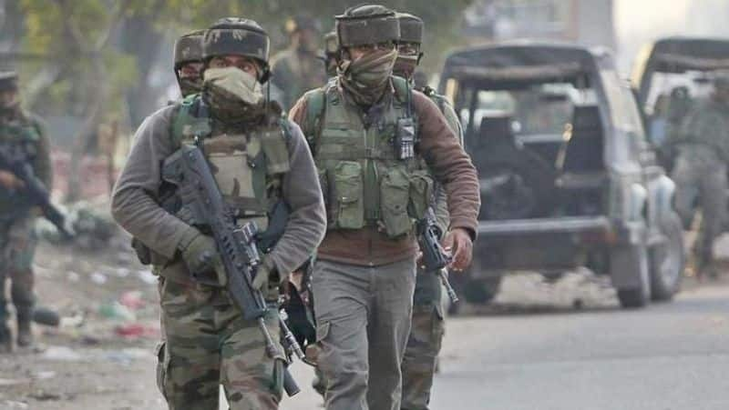 centre has deployed 28 thousand paramilitary soldiers in the valley, leave announced in schools
