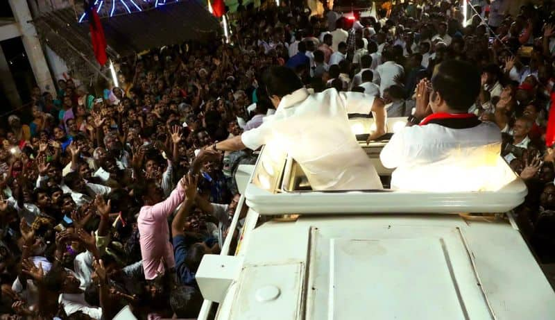 stalin doing campaigh in vellore for dmk candidate kathir ananadh